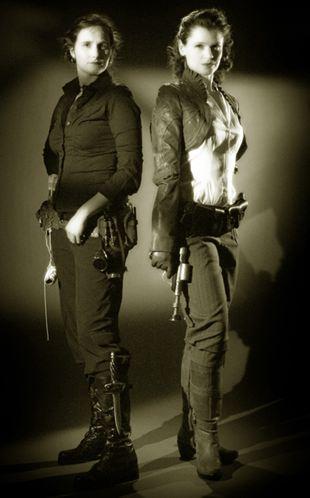 steampunk-gals_arch-avi_sepia_001